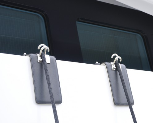 fender-hooks-superyacht-suppliers-megafend-bulwark-threadless-padeye