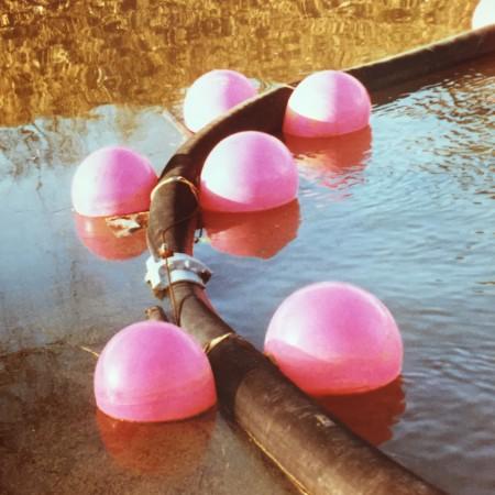 heavy-duty-buoy-marker-markeringsboei-schotse-blaas-blazen-polyform-a-serie-offshore-pijpleiding-pipeline-baggerleiding-dredging-2