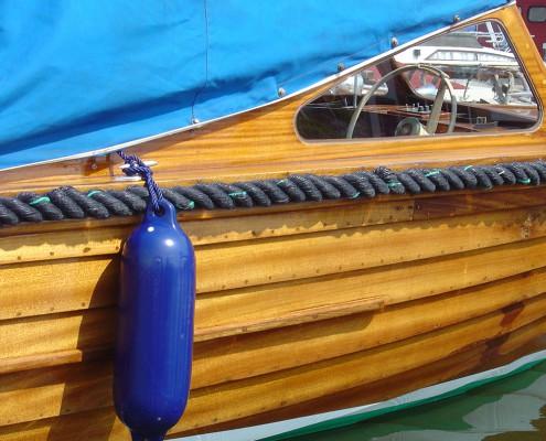 stootwillen-heavy-duty-stootkussen-inflatable-fenders-boot-polyform-g-serie-mooring