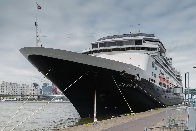 cruise-ships-fenders-stootwillen-heavy-duty