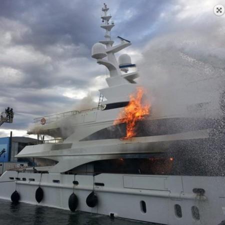 superyacht-fireade-brandblusser-fire-extinguisher